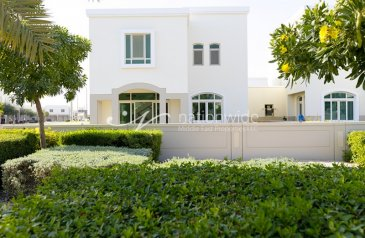 Two Bedroom, Three Bathroom, Townhouse For Sale in Al Khaleej Village, Al Ghadeer, Abu Dhabi - Your Ideal Family Home In A Convenient Location