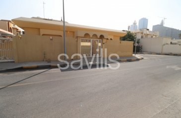 Four Bedroom, Four Bathroom, Villa To Rent in Al Khaledia, Sharjah - Corner villa with two covered parking