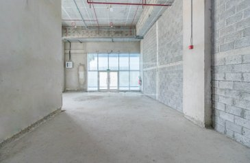 Existing 1,087 Sq Ft, Shop For Sale in Oxford Tower, Business Bay, Dubai - Spacious | Shell and Core | Retail shop