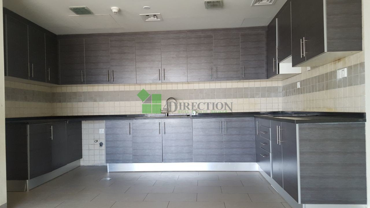 4direction 553491 Three Bedroom Four Bathroom Apartment To Rent In Dubai Sports City Dsc
