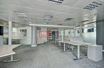 3,150 Sq Ft, Office To Rent in Cayan Business Center, Barsha Heights (TECOM), Dubai - Fitted Luxury Office | With Parking | Near Metro