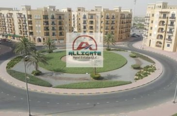 One Bedroom, Two Bathroom, Apartment For Sale in France, International City, Dubai - STRAIGHT UNIT    RENTED    BALCONY / PARKING VIEW