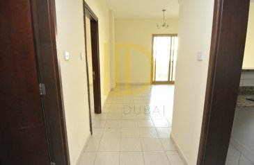 One Bedroom, Two Bathroom, Apartment To Rent in Spain, International City, Dubai - A 1 bedroom apartment with balcony is ready for rent in International City, Spai
