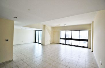 Three Bedroom, Three Bathroom, Apartment To Rent in Executive Towers - M, Business Bay, Dubai - Vacant 3BR | Good Location | Close to Metro