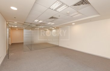 1,080 Sq Ft, Office To Rent in Ibn Battuta Gate, Discovery Gardens, Dubai - Chiller Free | Spacious Office | Multiple Options | Dewa Free
