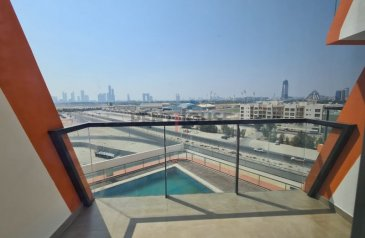 One Bedroom, Two Bathroom, Apartment For Sale in Al Jaddaf, Dubai - Pool View | Spacious Layout I Two Balconies