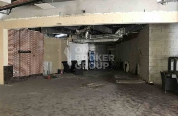 Ready to Move in Good Condition, 3,571 Sq Ft, Retail Space To Rent in Marina View Tower 2, Dubai Marina, Dubai - Exclusive | Perfect Retail For Yoga Studio