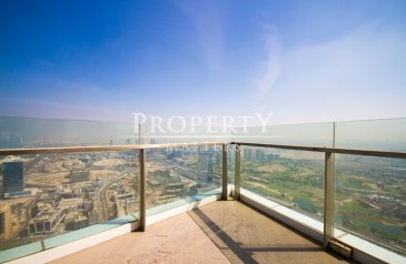 Four Bedroom, Five Bathroom, Penthouse For Sale in 23 Marina, Dubai Marina, Dubai - Large Penthouse with private pool & Fantastic Views