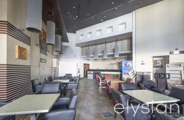 Existing 5,715 Sq Ft, Retail Space For Sale in Marina Tower, Dubai Marina, Dubai - Prime Location | Waterfront Retail | Vacant
