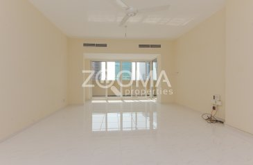 Two Bedroom, Three Bathroom, Apartment To Rent in Riggat Al Buteen, Dubai - Large 2 BR | Free Maintenance | Renovated